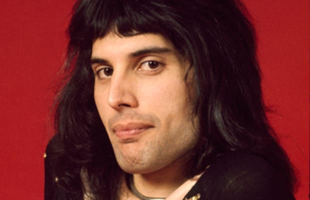 Kisah Kelam Freddie Mercury Yang Tidak Banyak Diketahui
