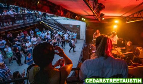 Pertunjukan Live Musik di Austin Kembali Dibuka